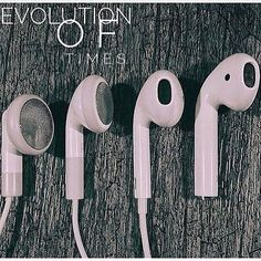 Repost from using - The best EarPods I have ever seen. Comment below. Tag a iPhone lover Source: . Iphone 3gs, Iphone 8 Plus, Iphone Cases, Ios Phone, Apple Earphones, Casio Digital, Modelos Iphone, Accessoires Iphone, All Iphones