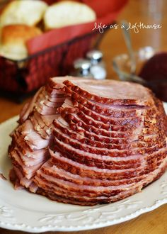 Crock Pot Maple Brown Sugar Ham Recipe plus 24 more of the most pinned Easter recipes ham recipes Crock Pot Food, Crockpot Dishes, Crock Pots, Recipe For Ham In A Crock Pot, Pot Recipe, Crockpot Ham Recipe, Crockpot Meals, Slow Cooking, Gastronomia