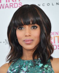 Kerry Washington proves you can look super chic with a mid-length cut.