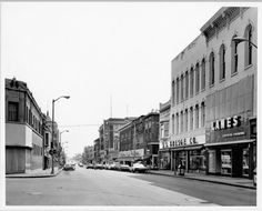Check out and upload pictures of cities from long days past....    North Neil Street businesses | Champaign City, IL, USA
