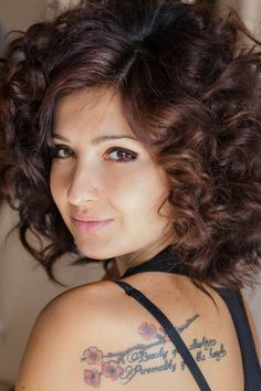 Big Hair Hairstyles | 25 Addictive Short Curly Hairstyles For Women
