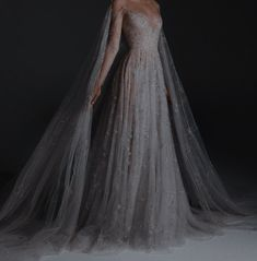 Cute Prom Dresses, Elegant Dresses, Pretty Dresses, Beautiful Dresses, Formal Dresses, Wedding Dresses, Mode Outfits, Fashion Outfits, Fantasy Gowns