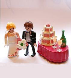 PLAYMOBIL Nouveau Couple de mariés http://www.playboutik.com/achat-playmobil-maries-407393.html