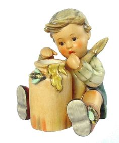 Hummel Club Figurine: Honey Lover Hummel Figurine 312