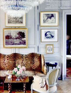 living room | leopard couch