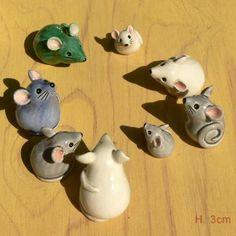 Jen Robinson - Souris & Lapins en céramique Pottery Animals, Ceramic Animals, Clay Animals, Ceramic Clay, Ceramic Painting, Ceramic Pottery, Pottery Painting Designs, Pottery Designs, Hand Built Pottery
