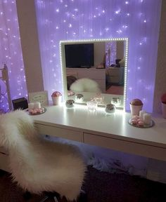 Glitzy mirror diy в 2019 г. room decor, bedroom decor и make Cute Room Decor, Teen Room Decor, Room Ideas Bedroom, Bedroom Night, Bedroom Inspo, Bedroom Wall, Kids Bedroom, Master Bedroom, Wall Decor