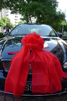 85 Pretty Wedding Car Decorations Diy Ideas Red & White Heart Wedding Cars Ideas In 2019 Tropical Wedding Centerpieces, Wedding Car Decorations, Wedding Car Ribbon, Wedding Getaway Car, Just Married Car, Bridal Car, Indian Groom Wear, Wedding Goals, Wedding Ideas