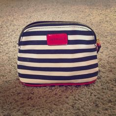 Sephora Makeup Bag This bag measures approximately 6.5 inches wide x 5 inches high. Sephora Bags Cosmetic Bags & Cases
