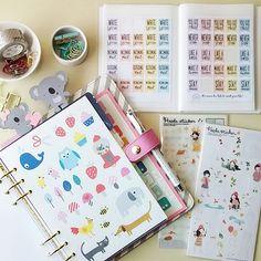 carladetaboada: Stickers ~ My Favorite stickers  @kikkik_loves stickers from the Planner Dashboard Kit  @theresetgirl planner stickers  and my Heeda Stickers from Etsy  #febplannerchallengelove #stickers #pegatinas #etsy #theresetgirlshop #kikkikplannerlove #kikkiklove #stationerylover