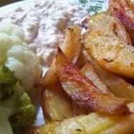 Fotografie receptu: Pečené brambory s mozzarella omáčkou