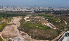 12-Competition-between-skyline-and-landscape « Landscape Architecture Works | Landezine