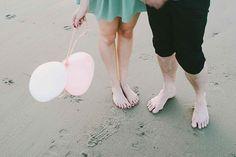 love shoot | couple | cute | hanke arkenbout | outdoor | photography | romantic | love | beach | balloon