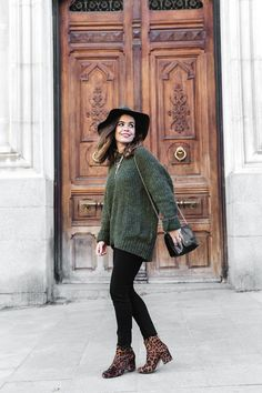 I typically don't wear animal prints, but I totally would with this outfit. I'm digging the use of mixing cheetah print with green. I'm not sure if these are leggings though, but I'd never wear them. Only black jeans Booties Outfit, Leopard Shoes Outfit, Leopard Print Boots, Leopard Prints, Animal Prints, Cheetah Print, Winter Boots Outfits, Fall Outfits, Cute Outfits