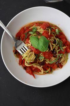 Zoodles with Tomato Basil Olive Sauce (Paleo, Vegan, Whole 30) // One Lovely Life