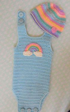 Baby Knitting Patterns Onesie Ravelry: Simple Baby Onesie pattern by Sara Kay Hartmann Crochet Baby Bibs, Crochet Baby Blanket Beginner, Crochet Romper, Crochet Bebe, Crochet Girls, Crochet Baby Clothes, Newborn Crochet, Crochet For Kids, Crochet Rugs