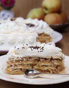 Tort de biscuiți cu mere Bbq Chicken Wings, Chicken Wing Recipes, Deserts, Pie, Breakfast, Ethnic Recipes, Food, Sweets, Torte