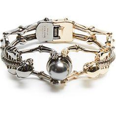Alexander McQueen Double-skeleton bracelet (3.070 NOK) ❤ liked on Polyvore featuring jewelry, bracelets, gold tone jewelry, alexander mcqueen, clear crystal jewelry, alexander mcqueen jewelry and skeleton jewelry