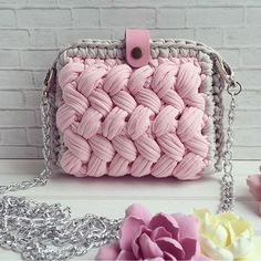25 Ideas Knitting Bag Tutorial Simple For 2019 Crochet Clutch, Crochet Handbags, Crochet Purses, Crochet Yarn, Crotchet Bags, Knitted Bags, Cotton Cord, Yarn Bag, Bead Embroidery Jewelry
