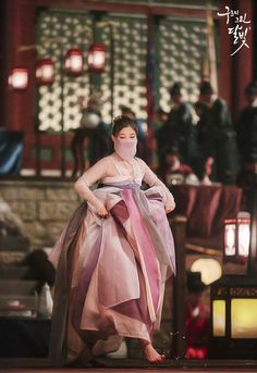 Kim Yoo Jung in the drama Moonlight drawn by clouds Asian Actors, Korean Actresses, Korean Actors, Actors & Actresses, Korean Hanbok, Korean Dress, Korean Outfits, Korean Traditional Dress, Traditional Dresses