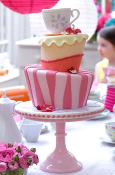 Mad Hatter Cake #foodstyling #sweet #baking