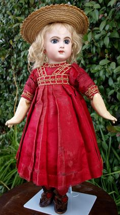 """Stunning Antique Jumeau doll EJ Depose size 8 , high 19"""" from guermantes on Ruby Lane"""
