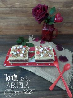 GRANDMA CAKE – TARTA DE LA ABUELA I want to give you this recipe for you to do on Valentine's Day. It's a very famous and easy recipe. It is prepared with cheap ingredients and we all have in our pantry: Cookies, vanilla cream and chocolate.