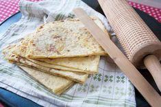 Potetlefse - Frie kaker Crackers, Bread, Tortillas, Food, Mince Pies, Pretzels, Brot, Essen, Baking
