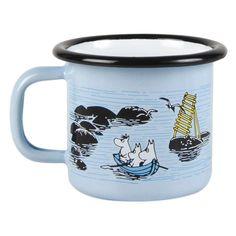 Because everybody loves the Moomins, Muurla have produced range of delightful items based on Tove Jansson's beautiful creation. Muurla's enamel and Moomin Shop, Moomin Mugs, Drinking Water Bottle, Moomin Valley, Tove Jansson, Soup Mugs, Personalized Coffee Mugs, Map Design, Cute Mugs