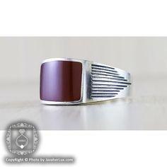 انگشتر نقره مردانه عقیق سیاه مدل ریو_کد : ۱۰۰۱۲۹ قیمت : 54/000 تومان برای خرید:http://goo.gl/l94Mb3