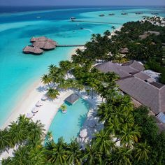 Gili Lankanfushi Maldives being named the #1 hotel in the world for 2015
