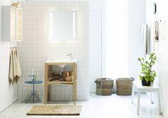 Kylpyhuoneen valaistukselta tarvitaan tehokkuutta ja tasaisuutta. Avotakka vinkkaa, mitä valaistuksen suunnittelussa ja valaisinten valinnassa kannattaa huomioida.