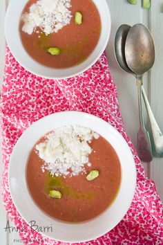 GastroAdiKta: Gazpacho de cerezas, queso fresco y anchoas {Cherry gazpacho, cottage cheese and anchovies}