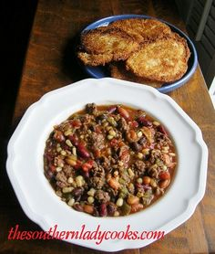 Crock Pot Santa Fe Stew - don't bother using the crock pot. Crock Pot Santa Fe Stew - don't bother using the crock pot. Crock Pot Soup, Crock Pot Slow Cooker, Crock Pot Cooking, Slow Cooker Recipes, Crockpot Recipes, Soup Recipes, Cooking Recipes, Crockpot Dishes, Healthy Recipes