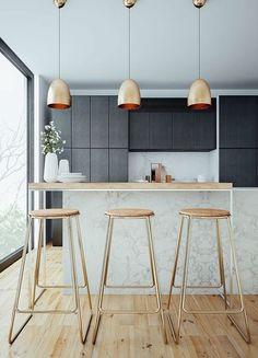 Accumulation de 3 suspensions en cuivre dans la cuisine effet très chic www.homelisty.com...