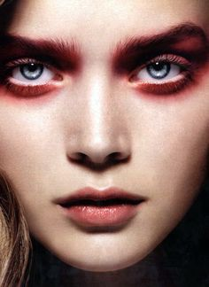 Red Smoky Eyes #makeup