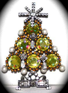 LAWRENCE VRBA Christmas Tree yellow pin- art glass, faux pearls & rhinestones