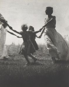 Jacket cover, Mother and Child, c1940 (Nell Dorr)