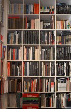 Lord Richard Roger's Bookshelves, Port