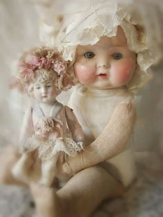 Antique Dolls | Hello Dolly! | Pinterest)