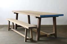 If you wish to have a special wood table, resin wood table may be the choice for you. Resin wood table furniture is the right type of indoor furniture since it has the elegance and provides the very best comfort in the home indoor or outdoor. Patio Furniture Sets, Wooden Furniture, Furniture Projects, Cool Furniture, Furniture Design, Furniture Layout, Furniture Stores, Wood Table Design, Dining Table Design
