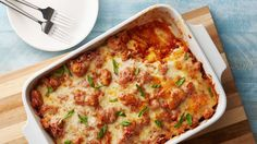For lasagna lovers looking for the easy way to dinner, this tasty ravioli bake recipe will come in handy.