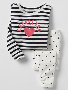 Toddler girl pajamas from Gap are made from super soft cotton, polyester and organic cotton. Shop toddler girl nightgowns, robes, and pajamas at Gap. Baby Outfits, Pajama Outfits, Cute Outfits, Cute Pjs, Cute Pajamas, Fashion Kids, Girl Fashion, Cute Sleepwear, Lingerie Sleepwear