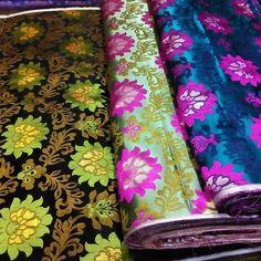 #新 #花 #new #pattern #3 #three #flower #brocade #green #black #lightgreen #hangzhou #silk #china(在 jiankang Rd155# chenxiang fabric store)
