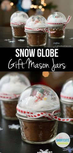 Need a cute homemade Christmas gift idea? Check out these crazy simple Snow Globe Gift Mason Jars! A super easy diy idea
