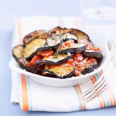 Découvrez la recette Gratin d'aubergines et tomates sur cuisineactuelle.fr.