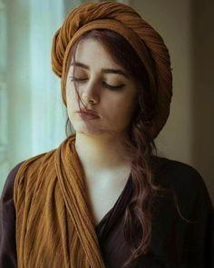 Turkish Women Beautiful, Beautiful Muslim Women, Beautiful Girl Indian, Beautiful Girl Image, Beautiful Hijab, Stylish Girls Photos, Stylish Girl Pic, Beauty Full Girl, Cute Beauty