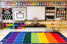 Kindergarten Korner by Casey: My Top 5 Tips for Choosing a Classroom Theme Choosing a classroom theme can be a tough decision for new and veteran teachers alike! Here are my top five tips for choosing a theme to fit your style. Kindergarten Classroom Setup, Classroom Decor Themes, Kindergarten Lesson Plans, First Grade Classroom, Classroom Setting, New Classroom, Classroom Design, Classroom Ideas, Themes For Classrooms