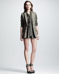 http://ncrni.com/belstaff-easton-sleeveless-colonial-blazer-hammond-voile-shirt-everly-colonial-shorts-p-4426.html