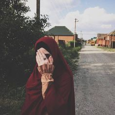"""4,399 Likes, 15 Comments - @yasminazman on Instagram: """"Pernah korang rasa, when u already in a new chapter, but then u feel like want to go back , nak…"""""""